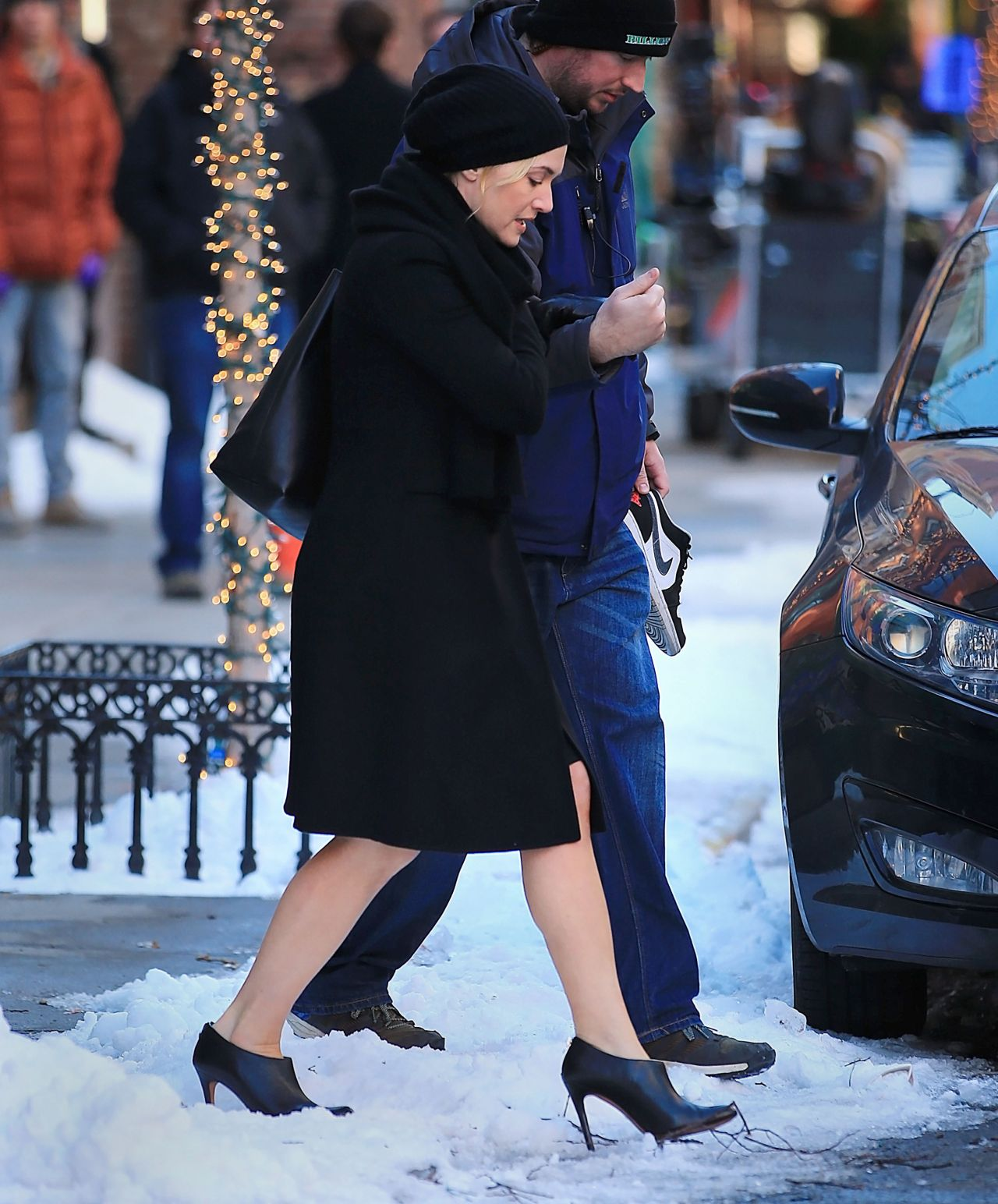 Kate Winslet - Snow Scene For Collateral Beauty In New -2117