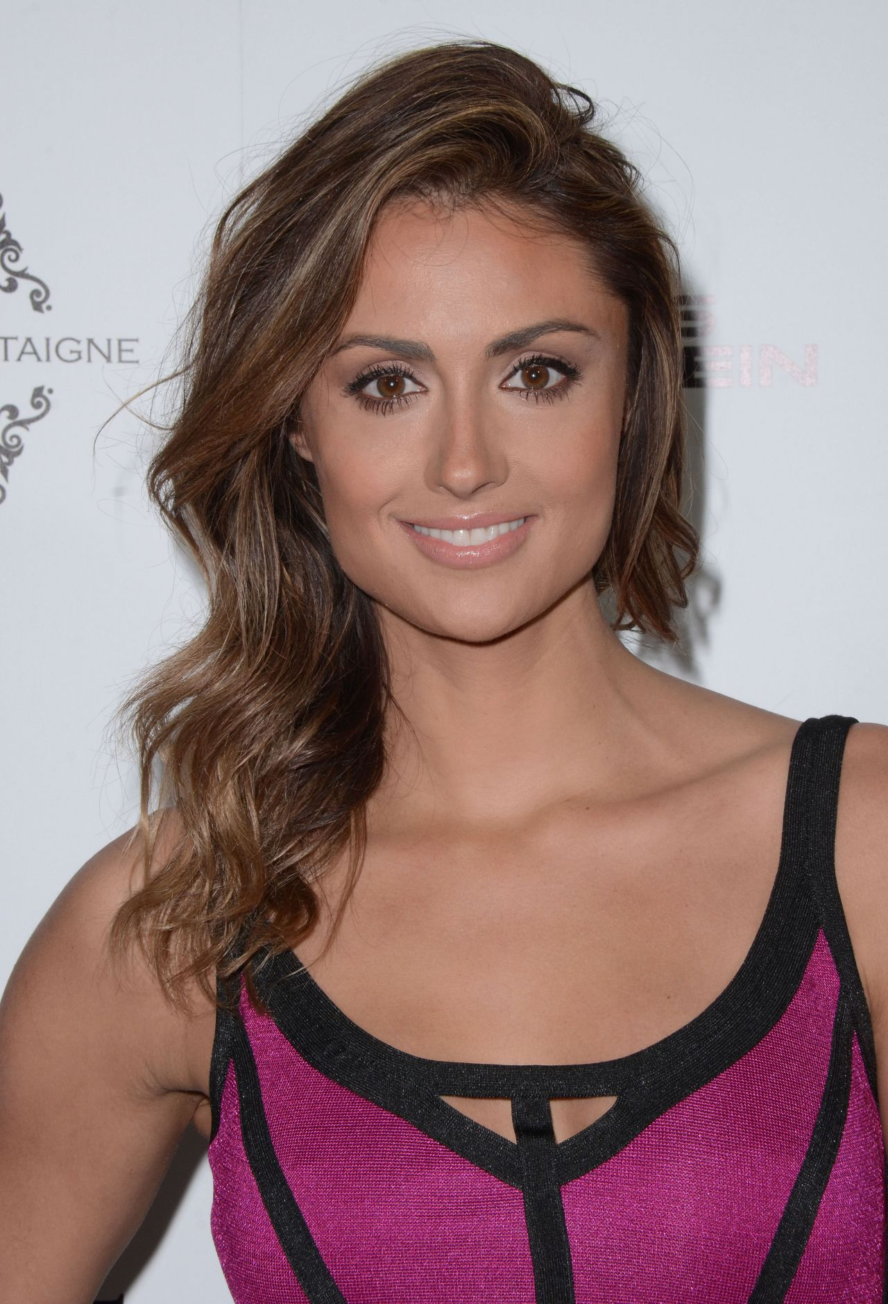 Katie Cleary Nude Photos 95