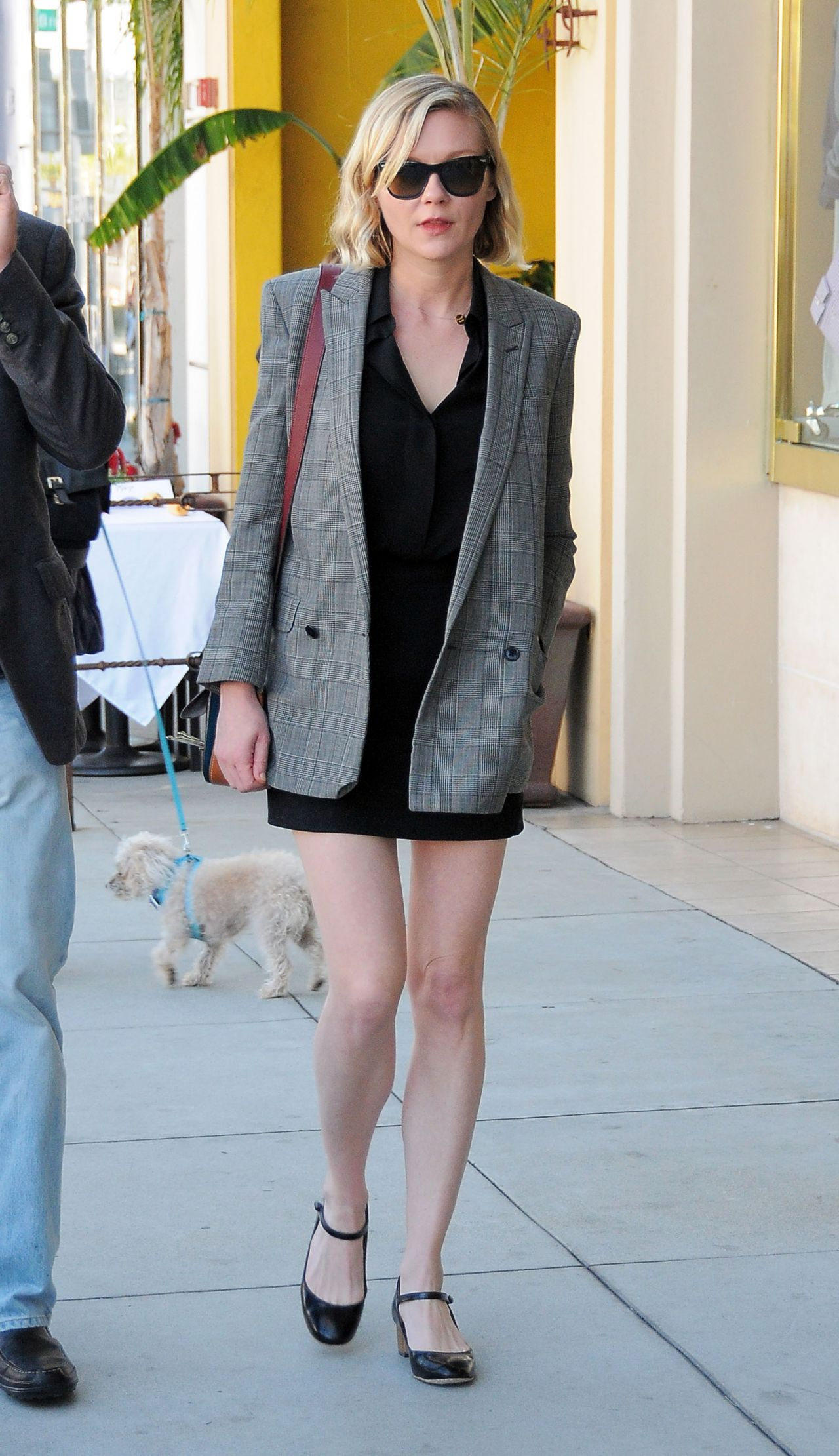 Kirsten Dunst Street Fashion - Shopping in Beverly Hills 2 ...