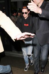 Kristen Stewart - LAX Airport in Los Angeles 2/17/2016