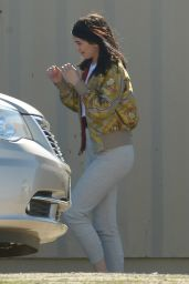 Kylie Jenner - Filming
