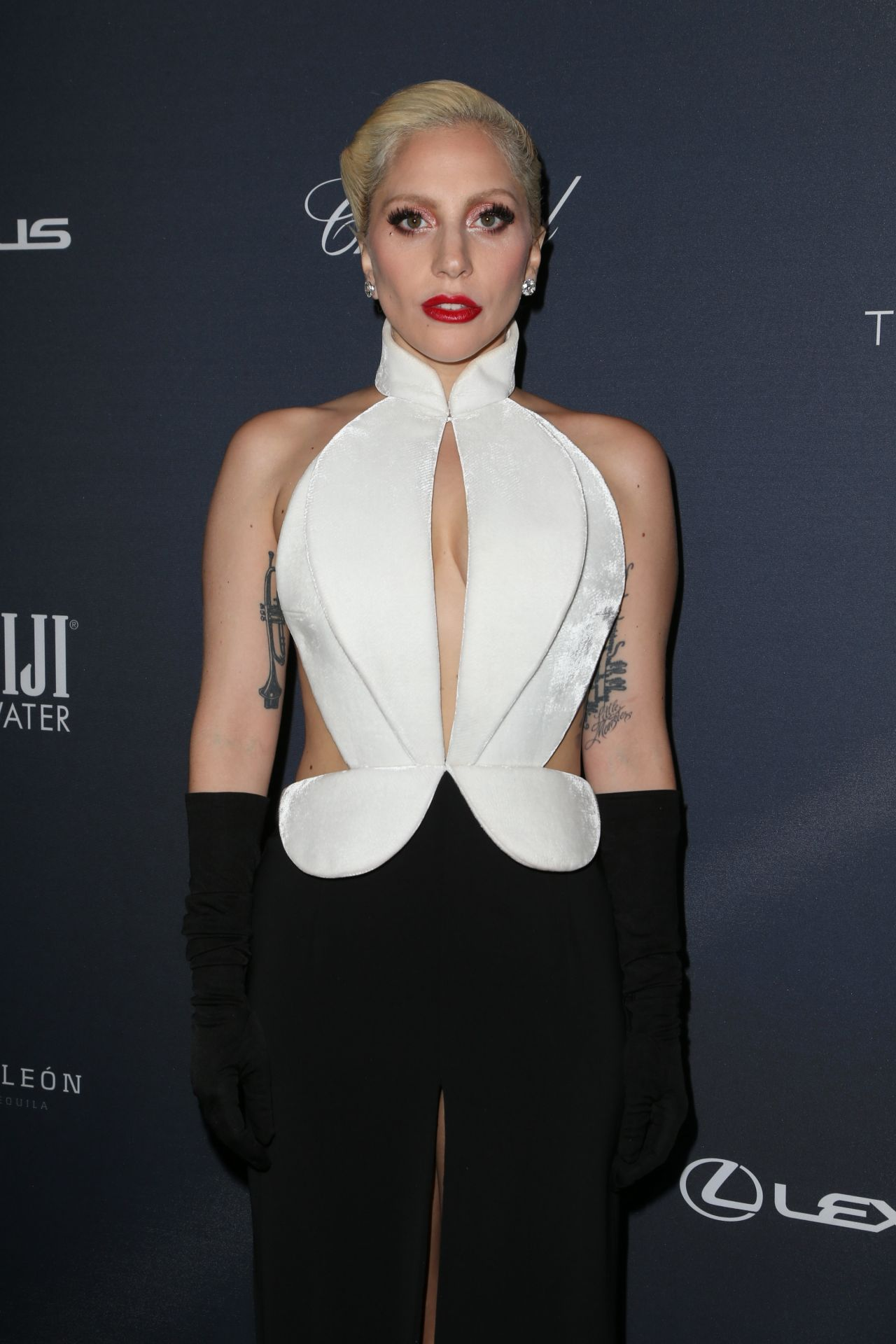 Lady Gaga Latest Photos - CelebMafia