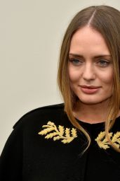 Laura Haddock - Burberry Prorsum Womenswear Catwalk Show - London Fashion Week 2/22/2016