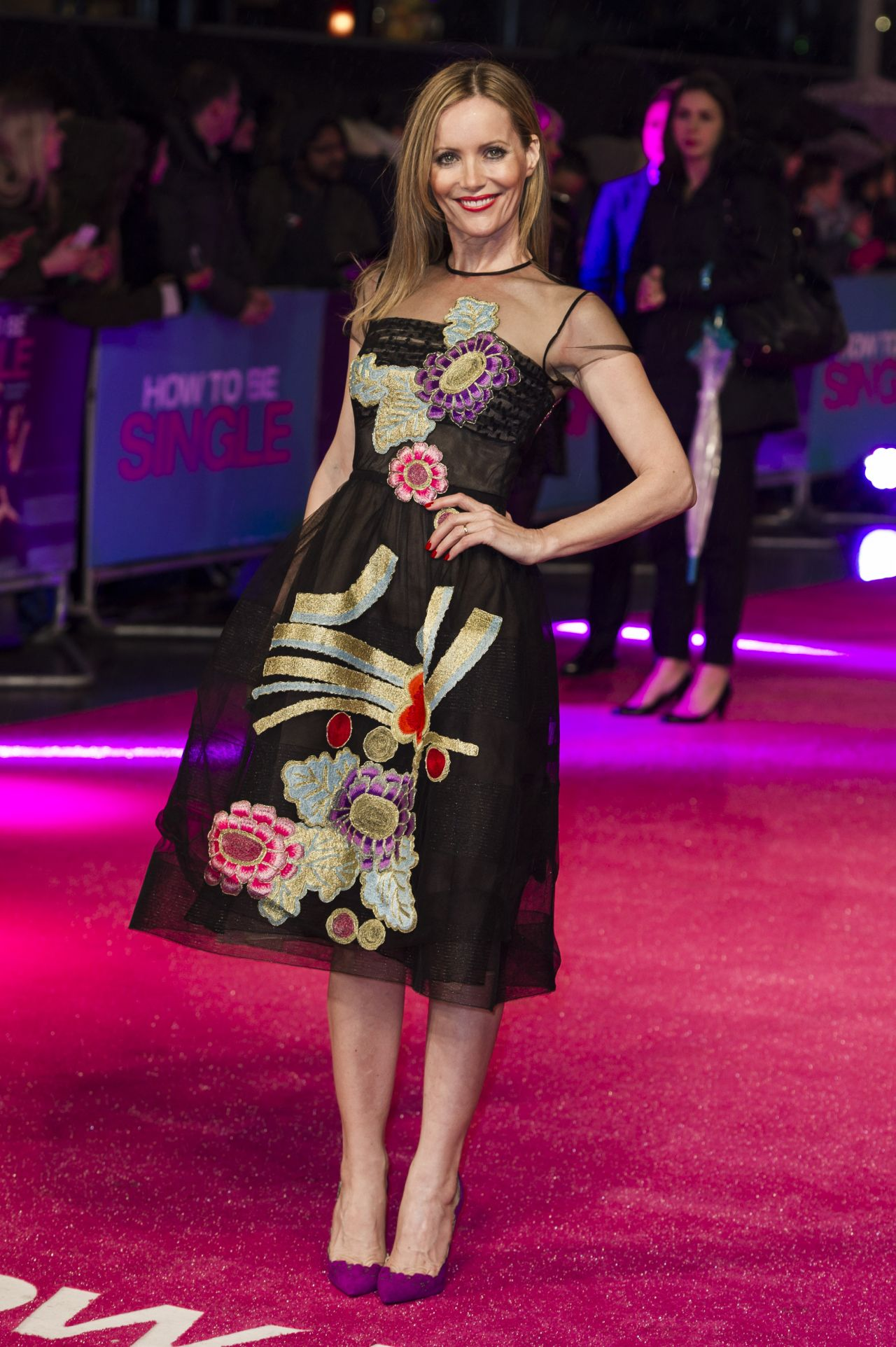 Leslie Mann How To Be Single Premiere In London Uk