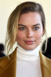 Margot Robbie - Calvin Klein Show - New York Fashion Week 2/18/2016