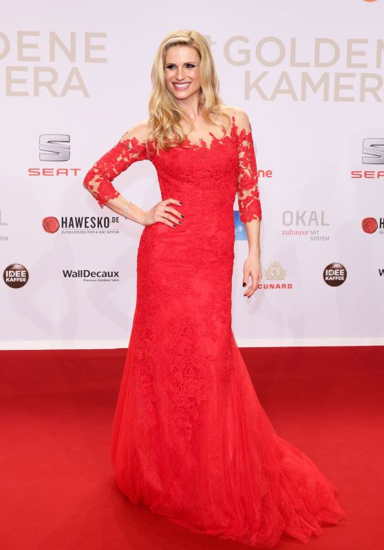 Michelle Hunziker - 2016 Goldene Kamera Award in Hamburg