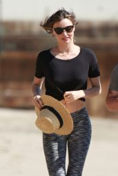 Miranda Kerr in Spandex - Out Jogging in Malibu 2/24/2016