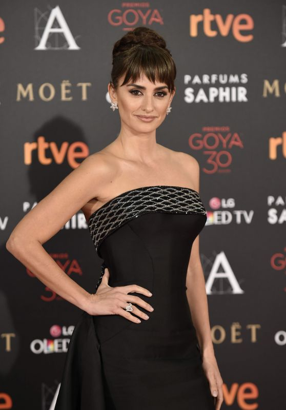 Penelope Cruz - 2016 Goya Film Awards in Madrid