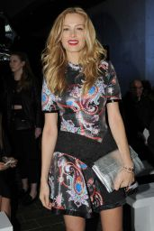 Petra Nemcova - Mary Katrantzou Fashion Show - London Fashion Week 2/21/2016