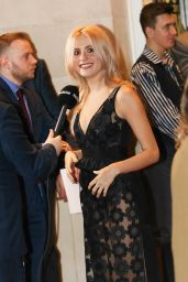 Pixie Lott - 2016 WhatsOnStage Awards in London