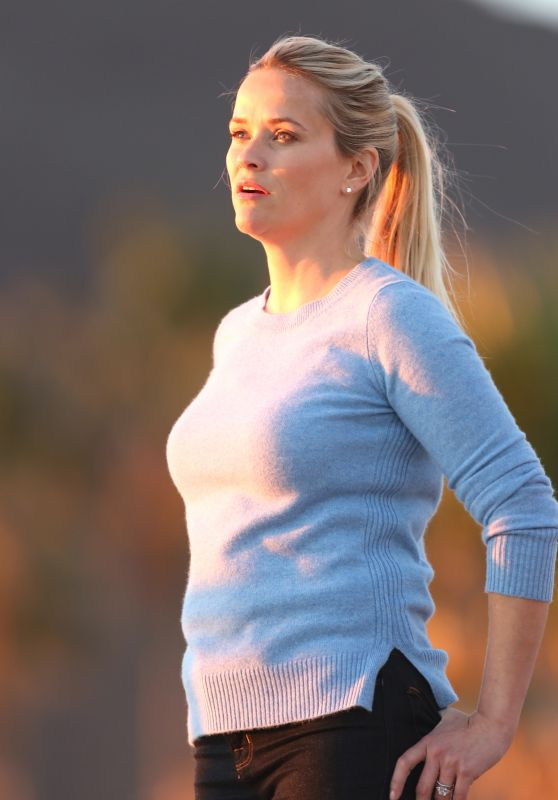 Reese Witherspoon - on Set at Malibu Beach 2/16/ 2016