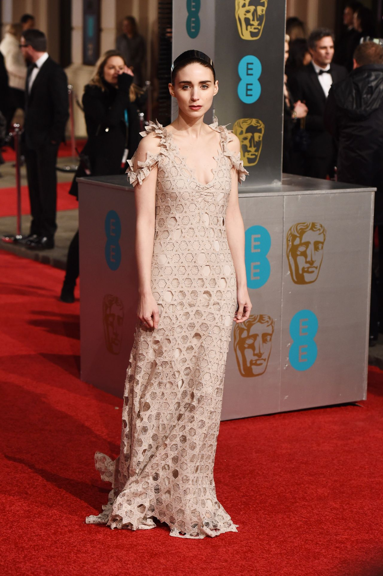 Exclusive: Rooney Mara BAFTAs Hair How-To forecast