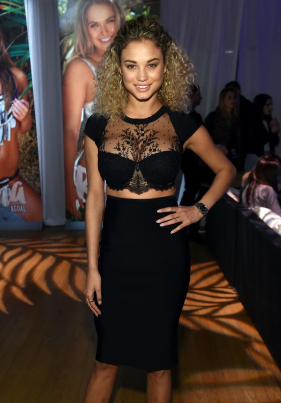 Rose Bertram – Sports Illustrated Swimsuit 2016 – Swim City in New York City 2/15/2016