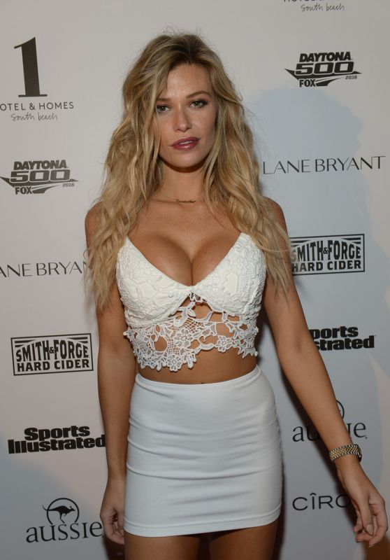Samantha Hoopes – SI Swimsuit 2016 Swim BBQ VIP in Miami 2/17/2016