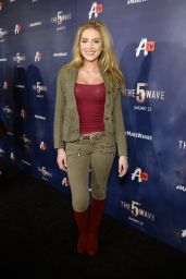 Saxon Sharbino - AwesomenessTV Special Fan Screening of