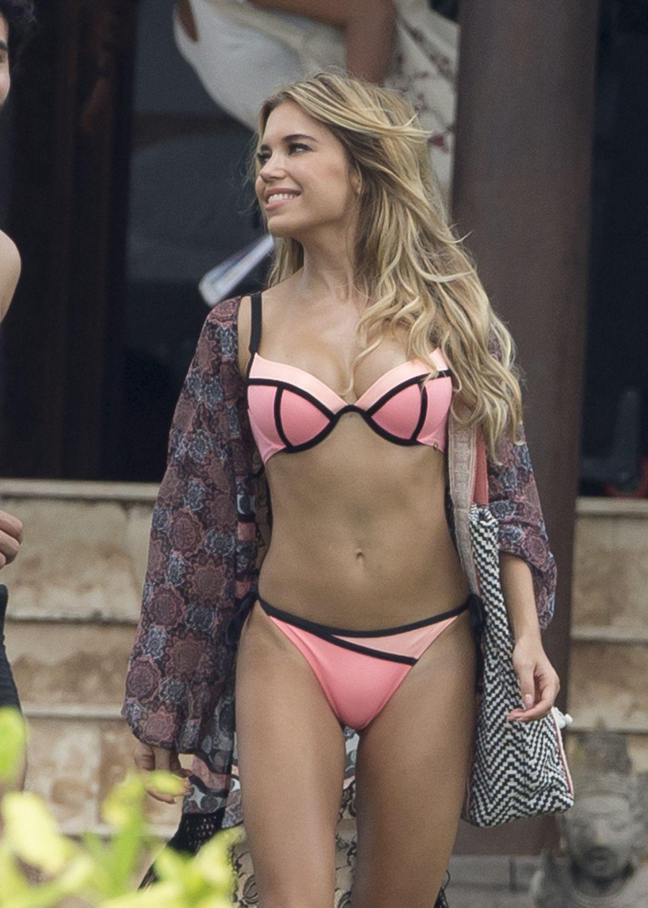 Hot bikini line, bikini babes sexiest