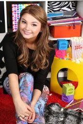 Top 20 Celebrity Under 20 Hot List – Stefanie Scott #5