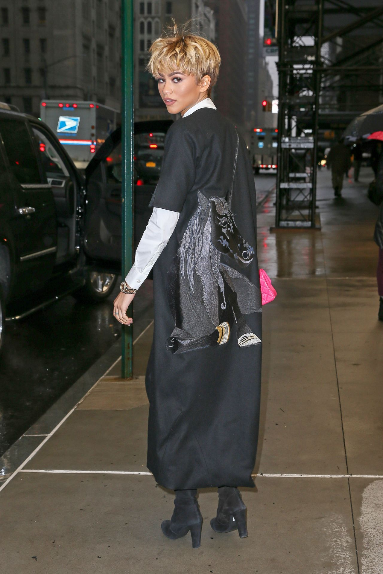 Zendaya Casual Style Out In Nyc 2 24 2016