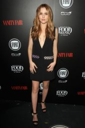 Zoey Deutch – Vanity Fair and FIAT Young Hollywood Celebration in Los Angeles, 2/23/2016