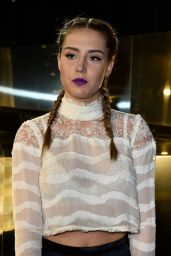 Adèle Exarchopoulos - H&M Fashion Show - Paris Fashion Week 3/2/2016
