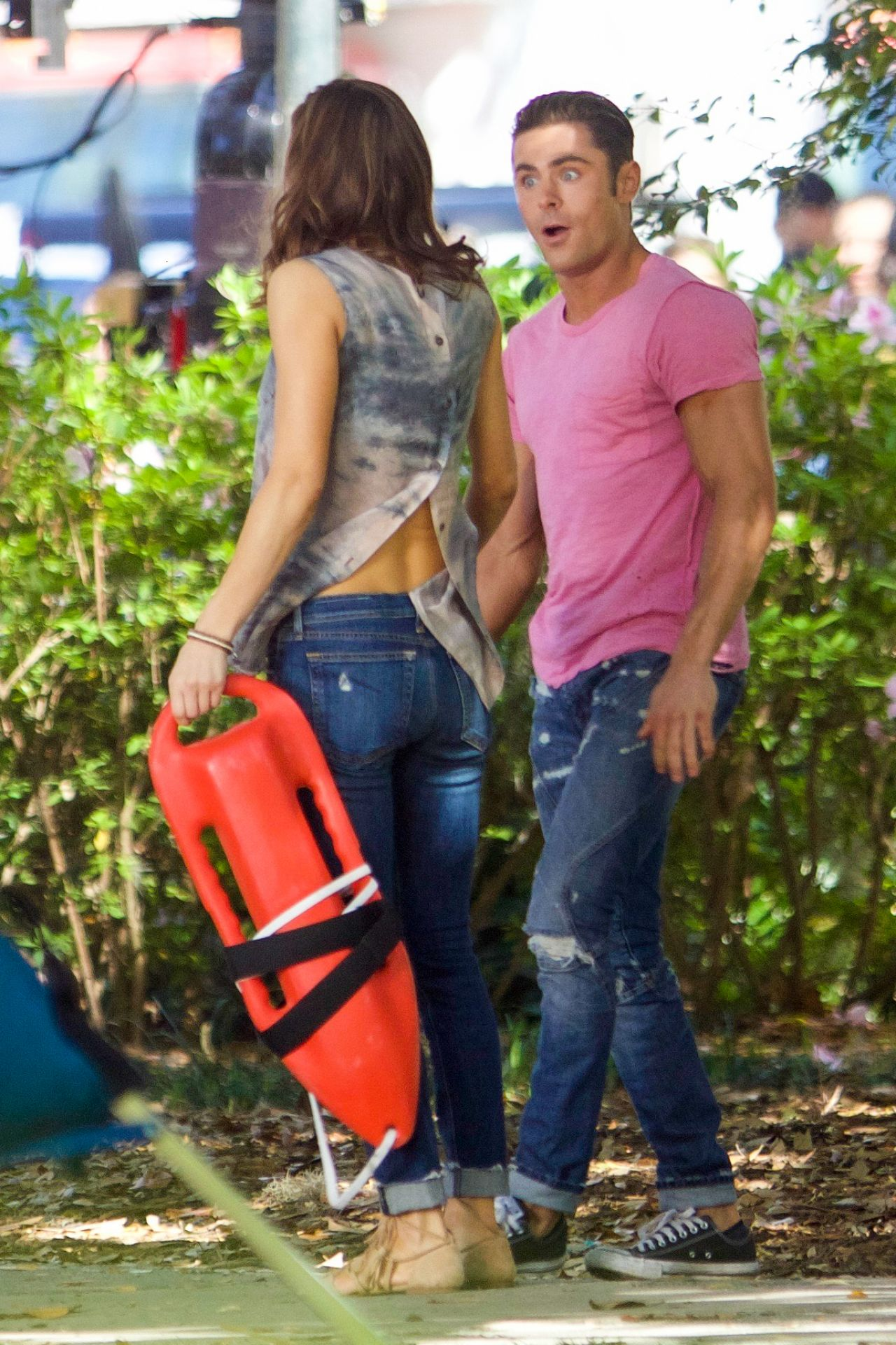 Alexandra Daddario Baywatch Set In Miami 3 22 2016