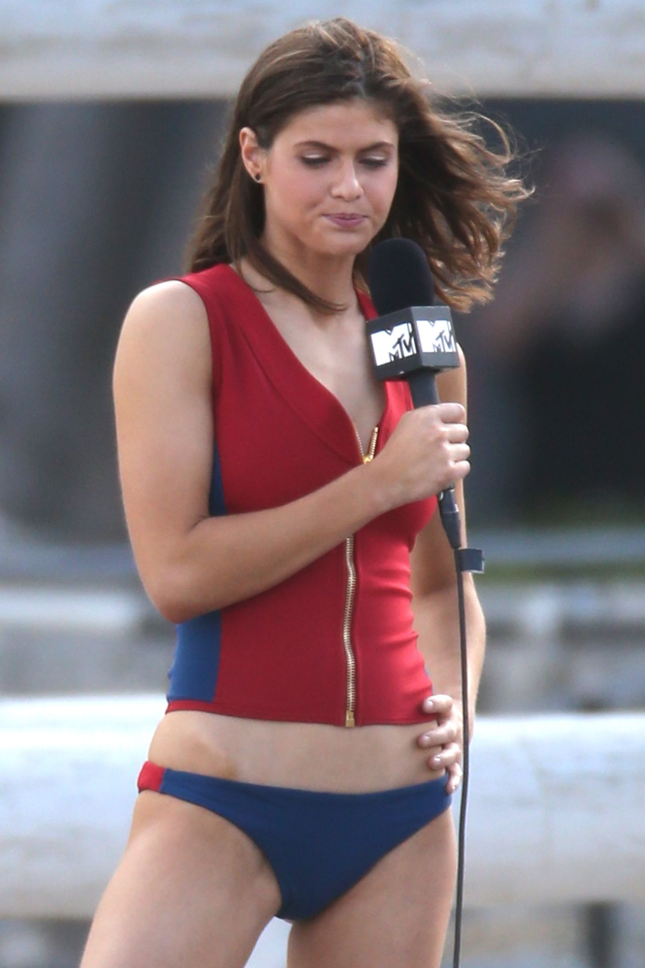 Baywatch Alexandra Daddario Bikini