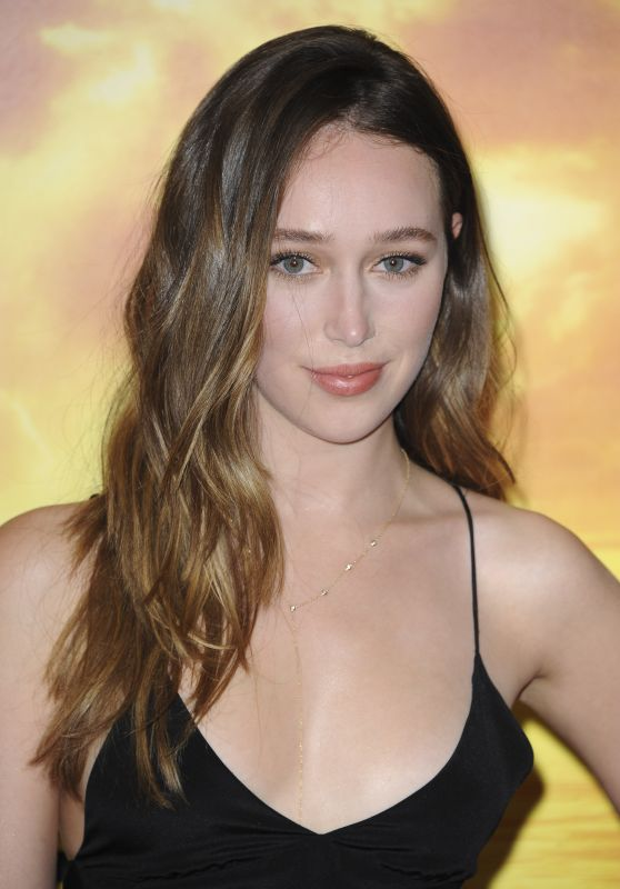 Alycia Debnam Carey – 'Fear The Walking Dead' Premiere in Los Angeles