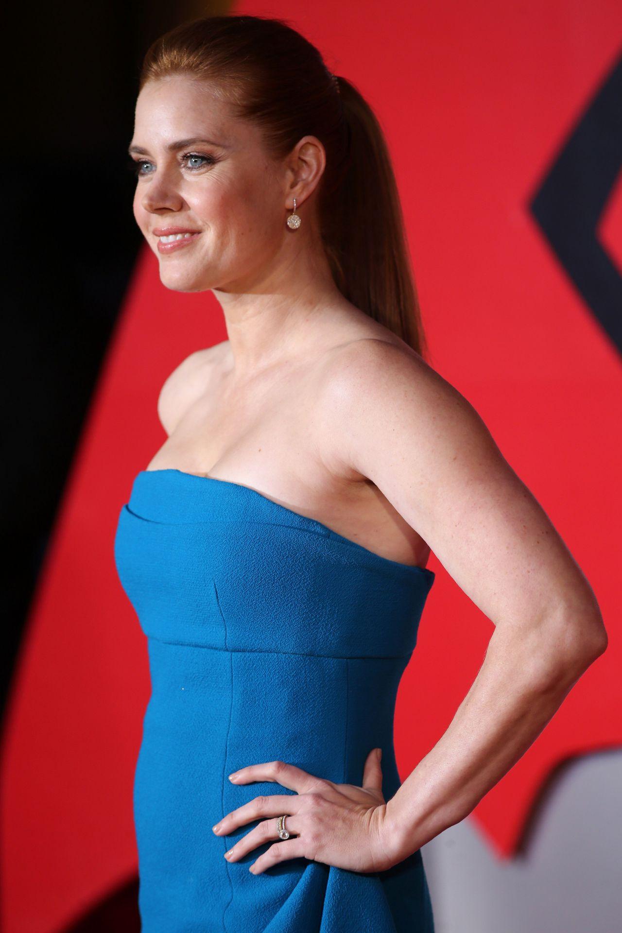 Amy Adams Batman V Superman Dawn Of Justice Premiere