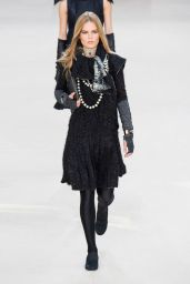 Anna Ewers – Chanel Fashion Show in Paris, March 2016