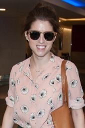 Anna Kendrick Casual Style - at LAX Airport in LA, 3/12/2016