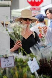 Anne Hathaway at Farmer