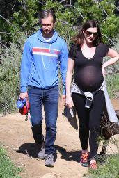Anne Hathaway Hiking in Los Angeles, CA 3/12/2016