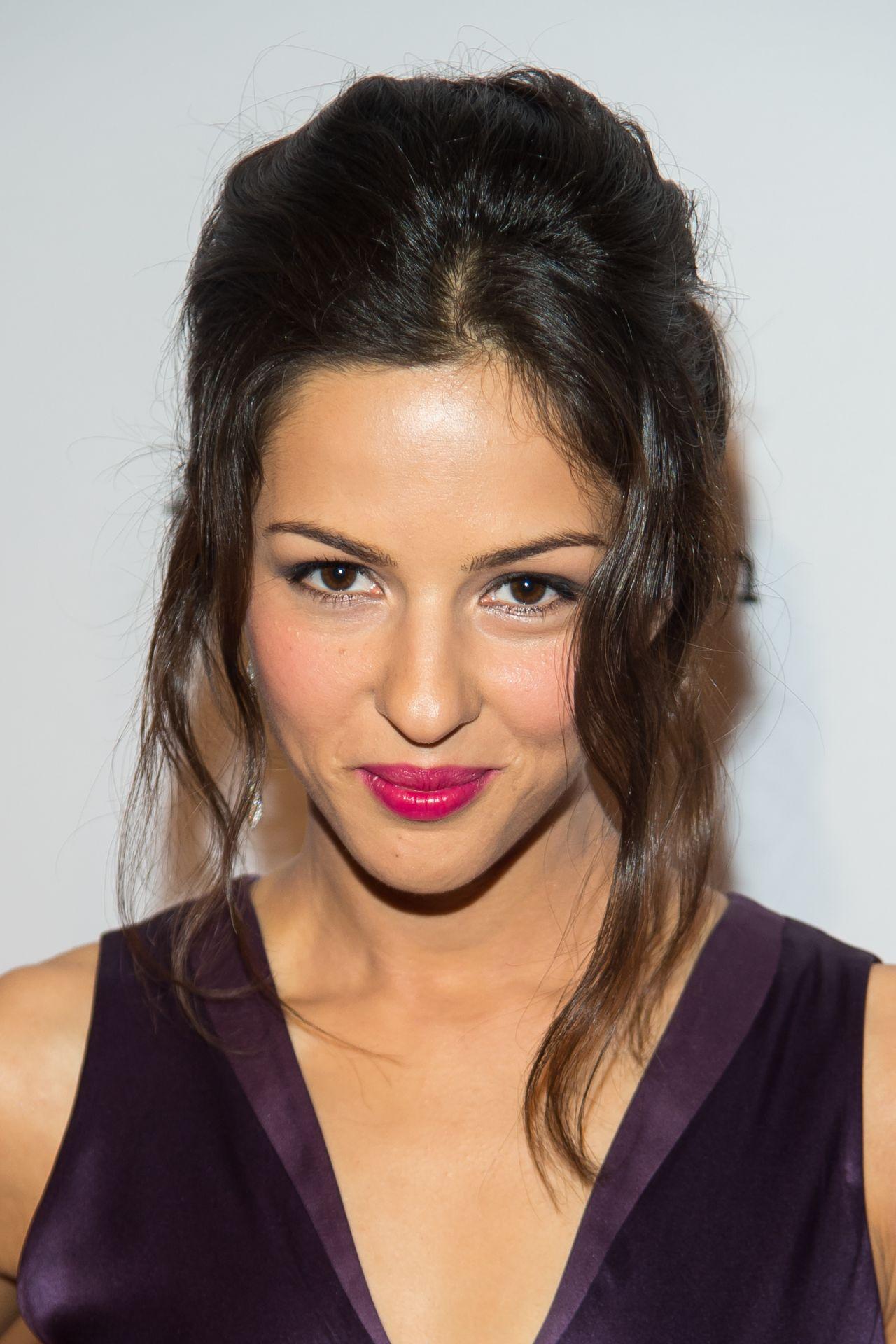 Annet Mahendru - 'The Americans' Season 4 Premiere in New ...