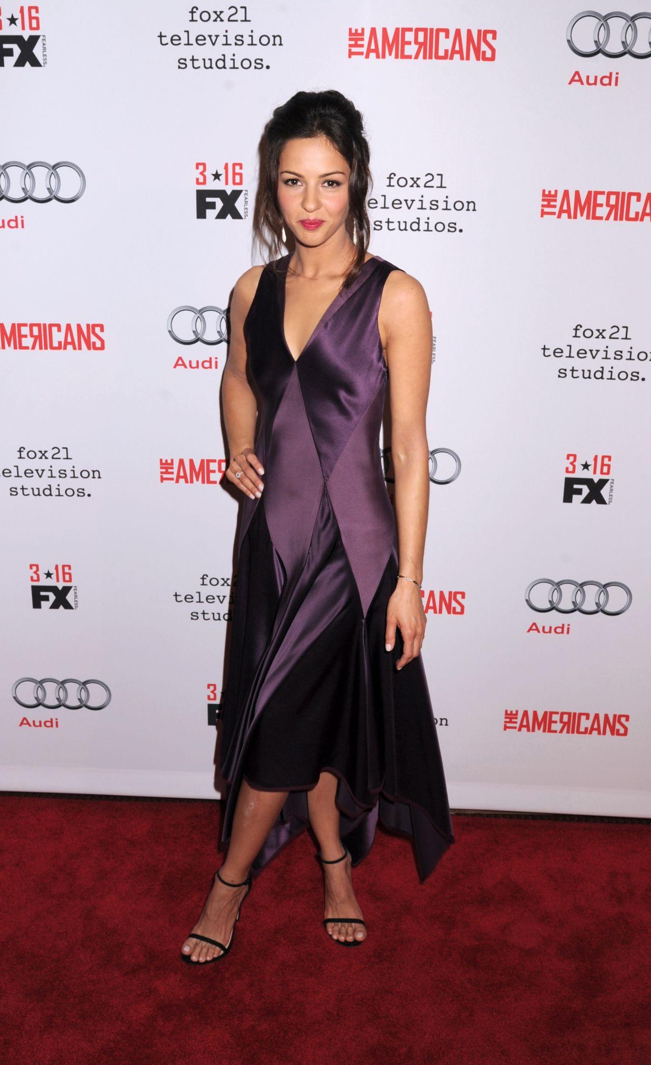 Annet mahendru the americans season 4 premiere in new york