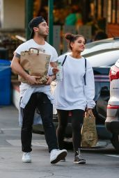 Ariana Grande Shopping at Whole Foods in Studio City, 3/17/2016