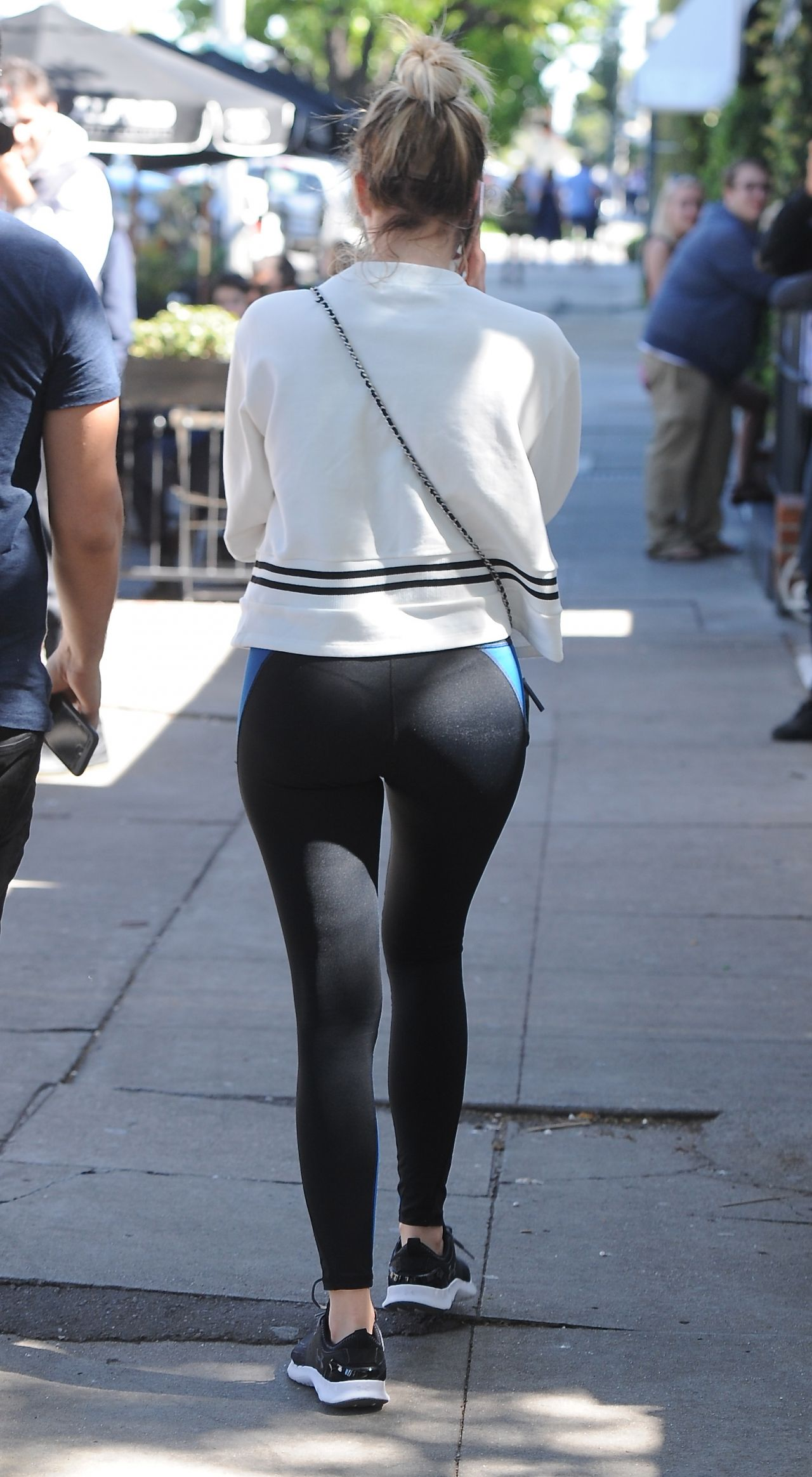 Ashley Benson In Spandex - Out In Melrose Place 382016-5935