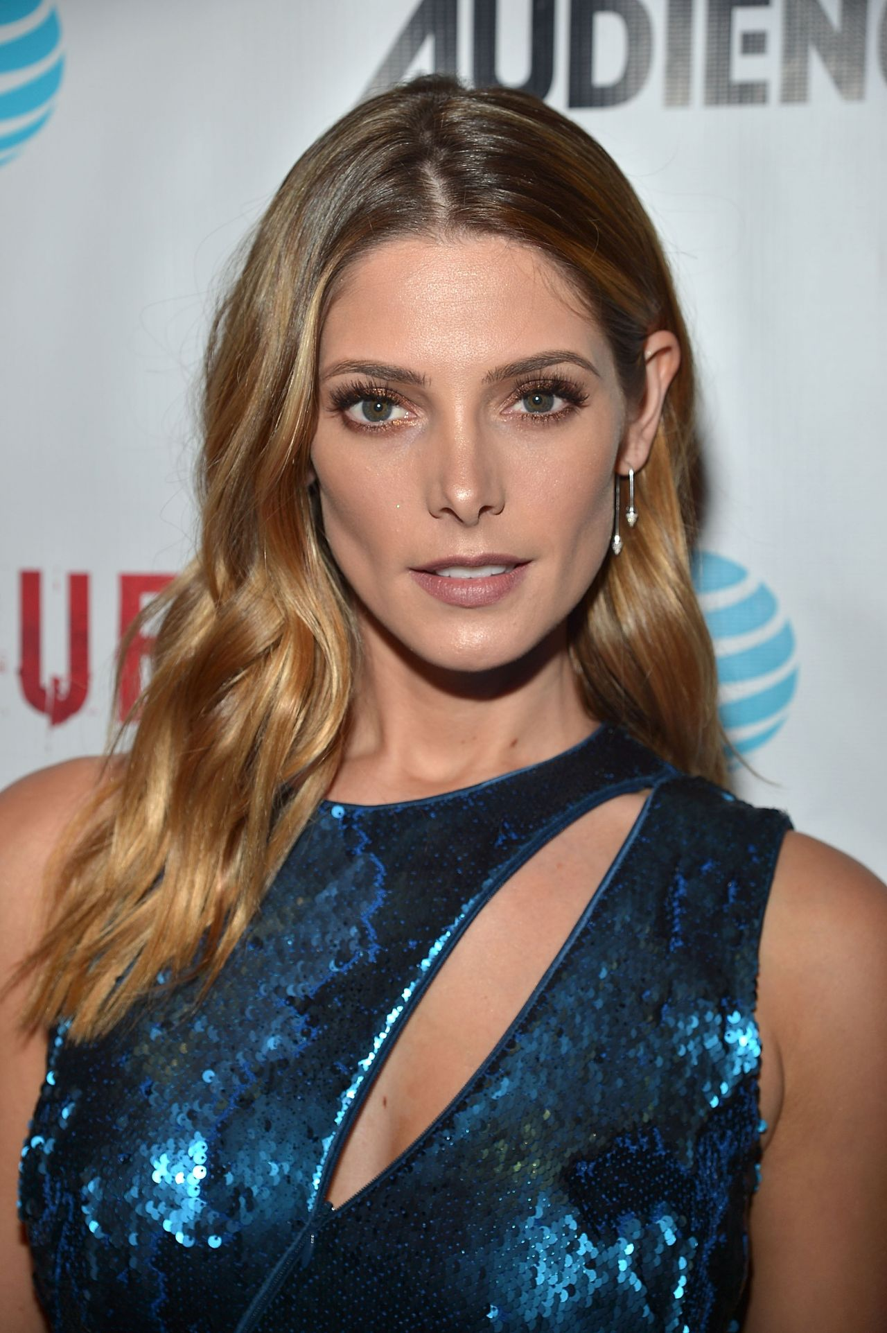 Ashley Greene Directv S Rogue Premiere In West