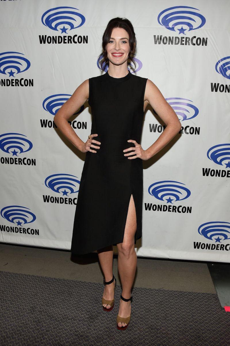 Bridget Regan Tnts The Last Ship Panel At Wondercon In Los Angeles