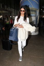 Camila Alves - Arrives at Los Angeles International Airport, March 2016