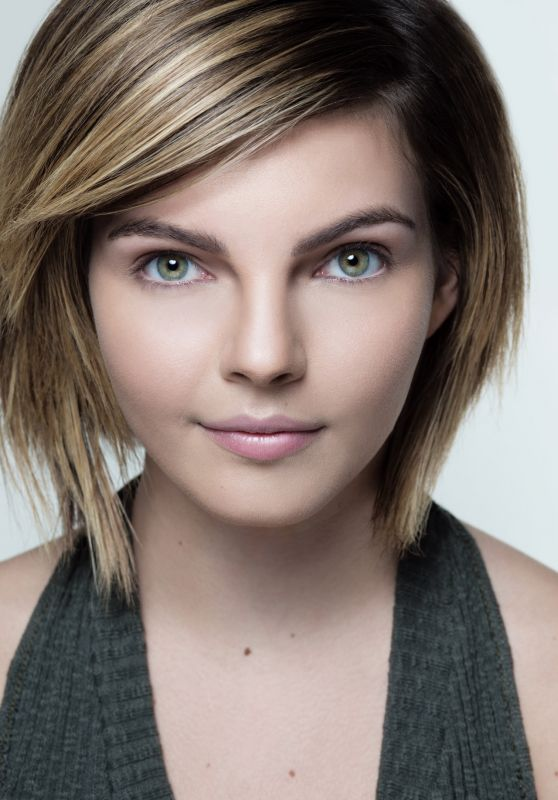 Camren Bicondova Photoshoot, February 2016