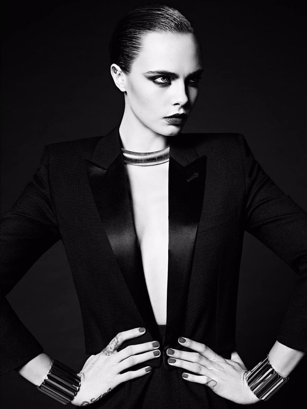cara delevingne photoshoot for saint laurent 39 le smoking 39 2016. Black Bedroom Furniture Sets. Home Design Ideas