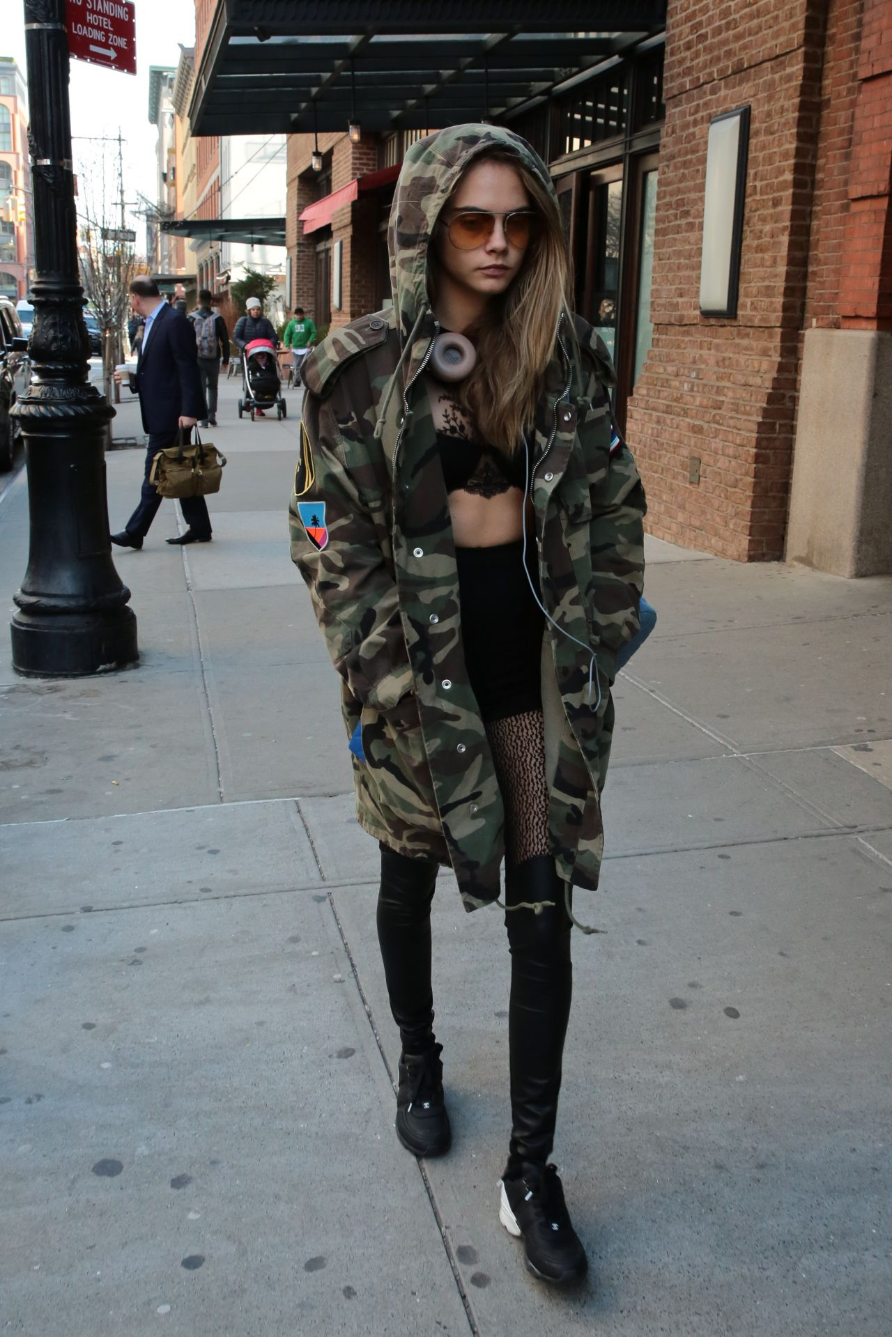 Cara Delevingne Style - Out in New York City, NY 3/24/2016