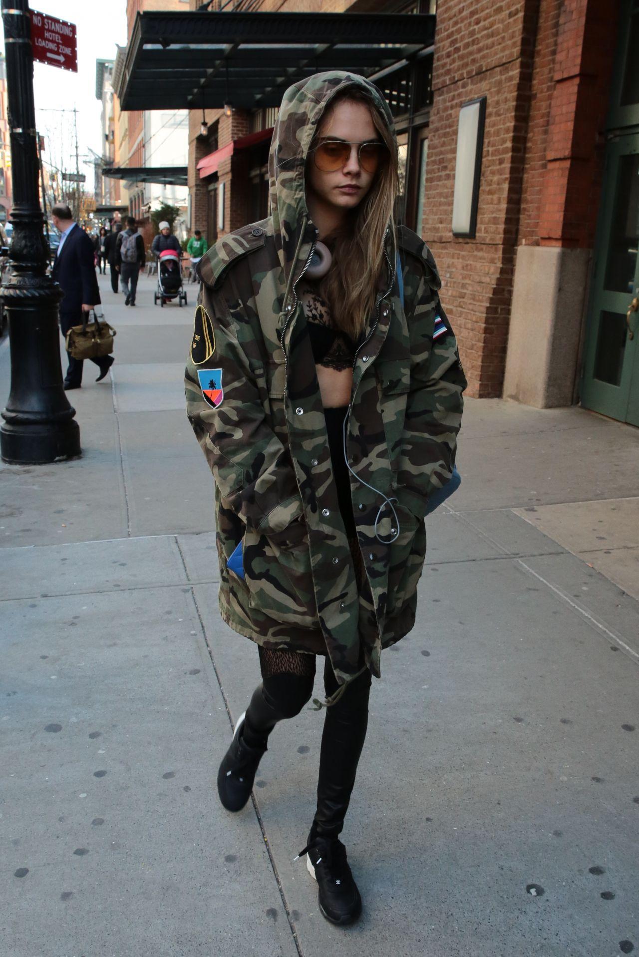 Cara Delevingne Urban Style - NYC 7/28/2016