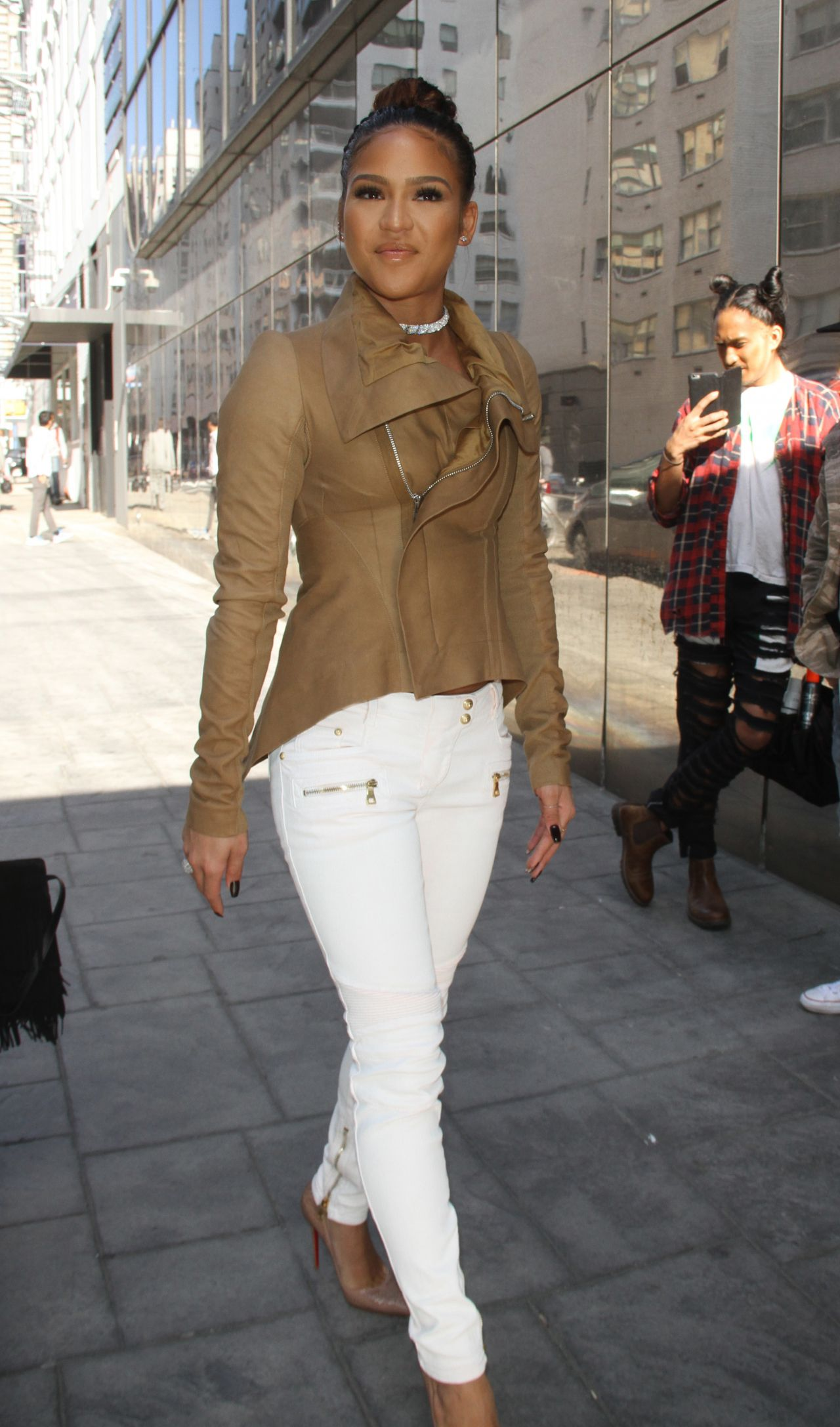 cassie ventura casual style out in nyc 3102016