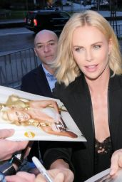 Charlize Theron -