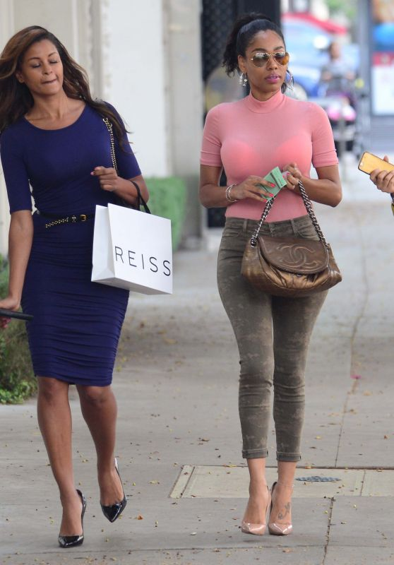 Claudia Jordan Shopping With Her Girl Squad Actress Annie Ilonzeh and Chrissy Life in Beverly Hills, March 2016