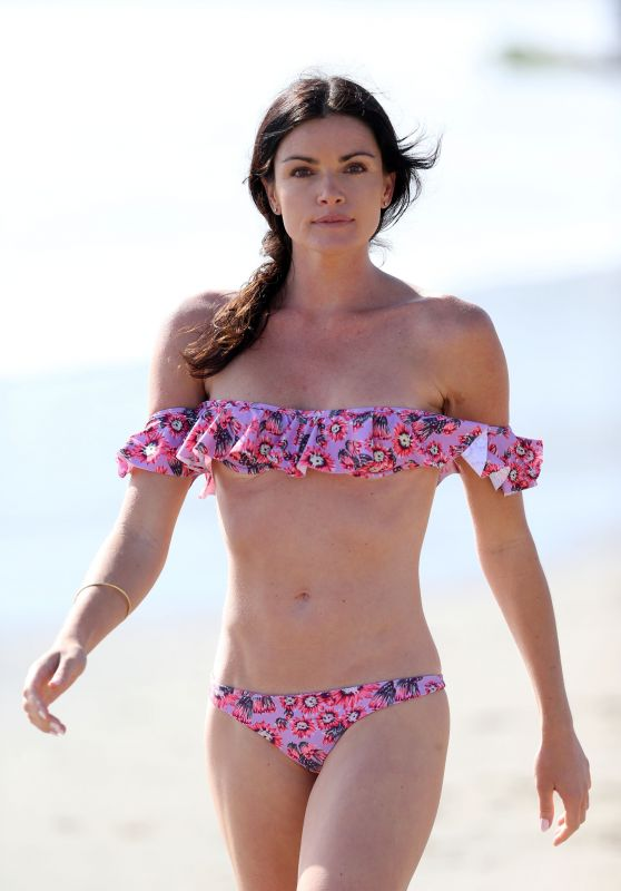 Courtney Robertson in a Bikini on the Beach in Malibu 3/27/2016
