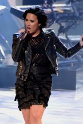 Demi Lovato Performing on American Idol in Hollywood, March 2016