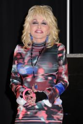 Dolly Parton Announces 2016 North American Tour in Nashville 3/7/2016