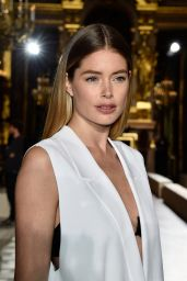 Doutzen Kroes - Stella McCartney Fashion Show in Paris 3/7/2016